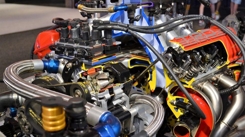 Uleiul de motor, la cat timp se schimba